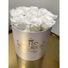 9-valge roosiga karp